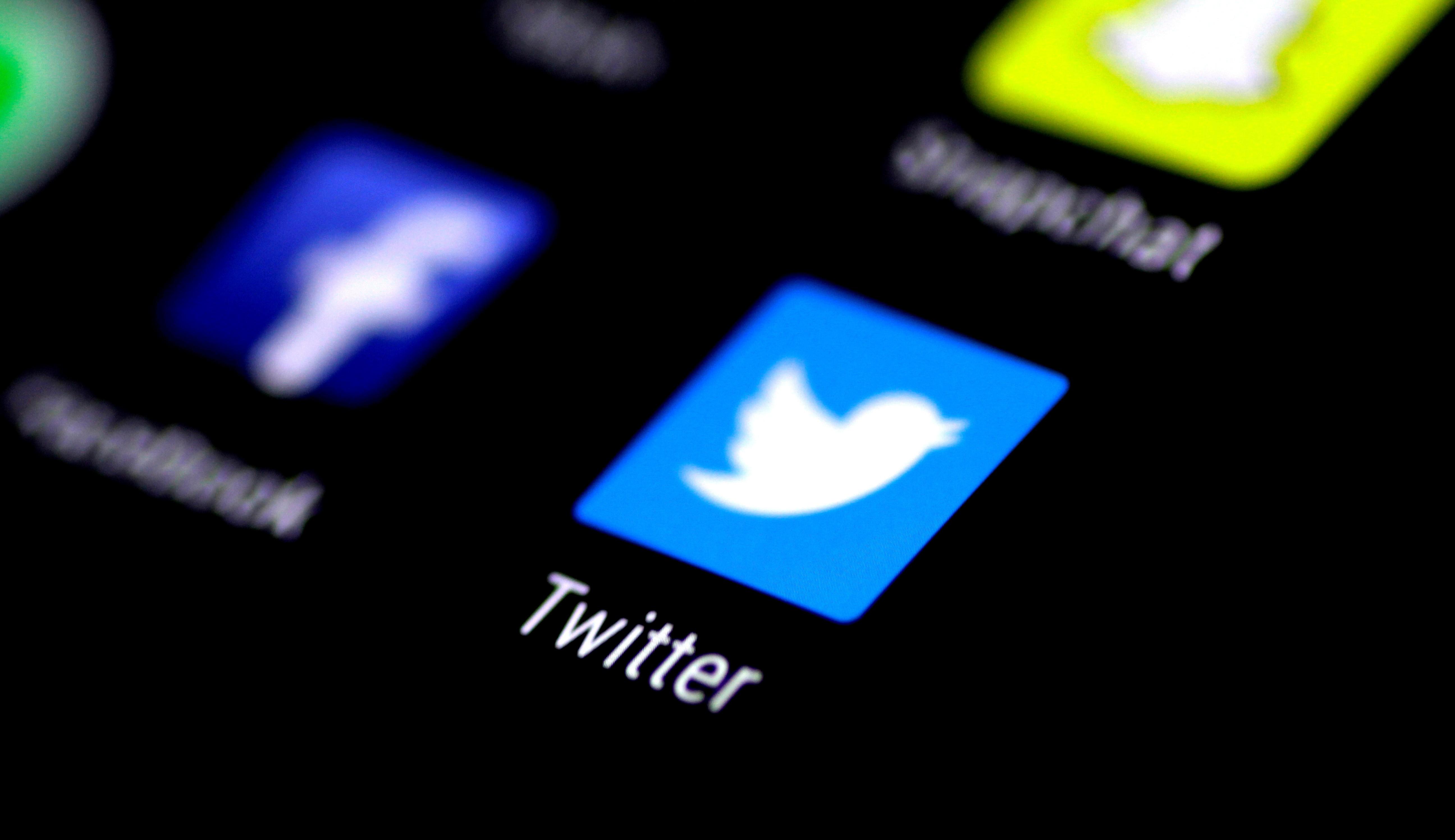 Twitter suspende contas suspeitas e usuários relatam perda de seguidores
